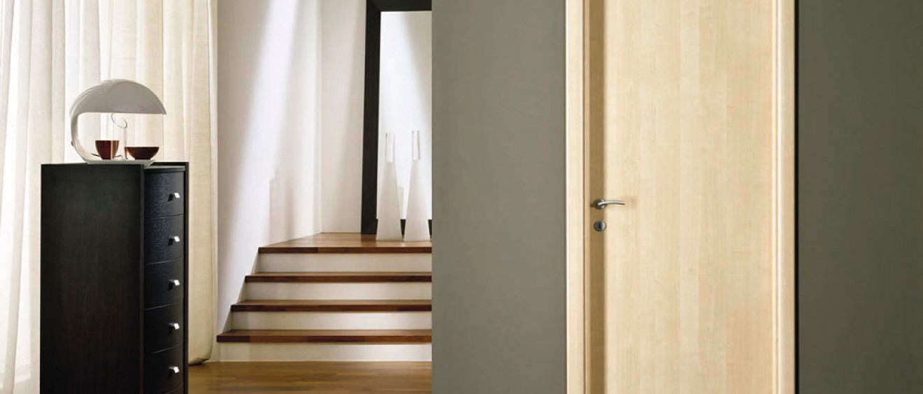 1eef7dff452 Δάπεδα, Παρκέτα Κολίγας: Ξύλινες πόρτες εσωτερικές και ασφαλείας Κολίγας